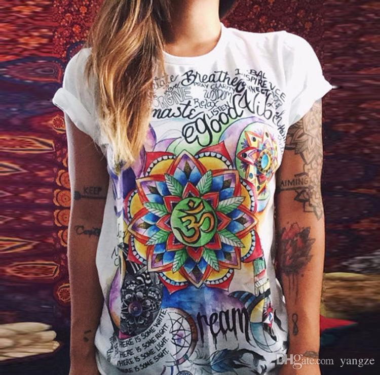 Mujeres de la manera Camisetas Verano Mujeres de manga corta Impreso Letras Camisetas Mujer Vintage Retro Graffiti Flor Tops Tee Señora Camisetas ZL3229
