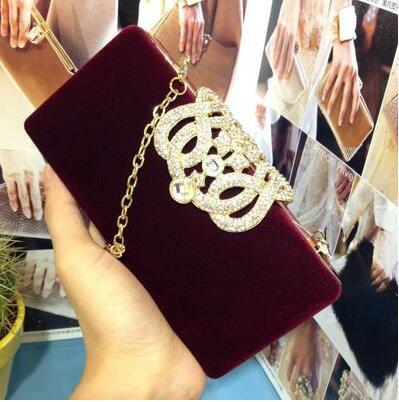 2017 European classic dress tide station package Yanbao China wind velvet hand bag Clutch dress collocation party