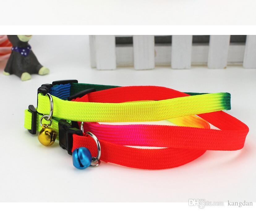 7 Farben Haustier Hundehalsbänder Leinen 1cm Breite Haustier Katze Welpen Halsband mit Glocken Nylon Haustiere Halskette