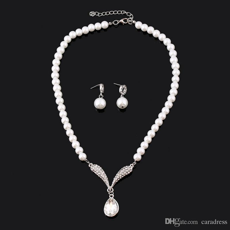 Cheap Pearl Necklace Sets: 2017 Cheap Bridal Pearl Necklace White Jewelry Crystal