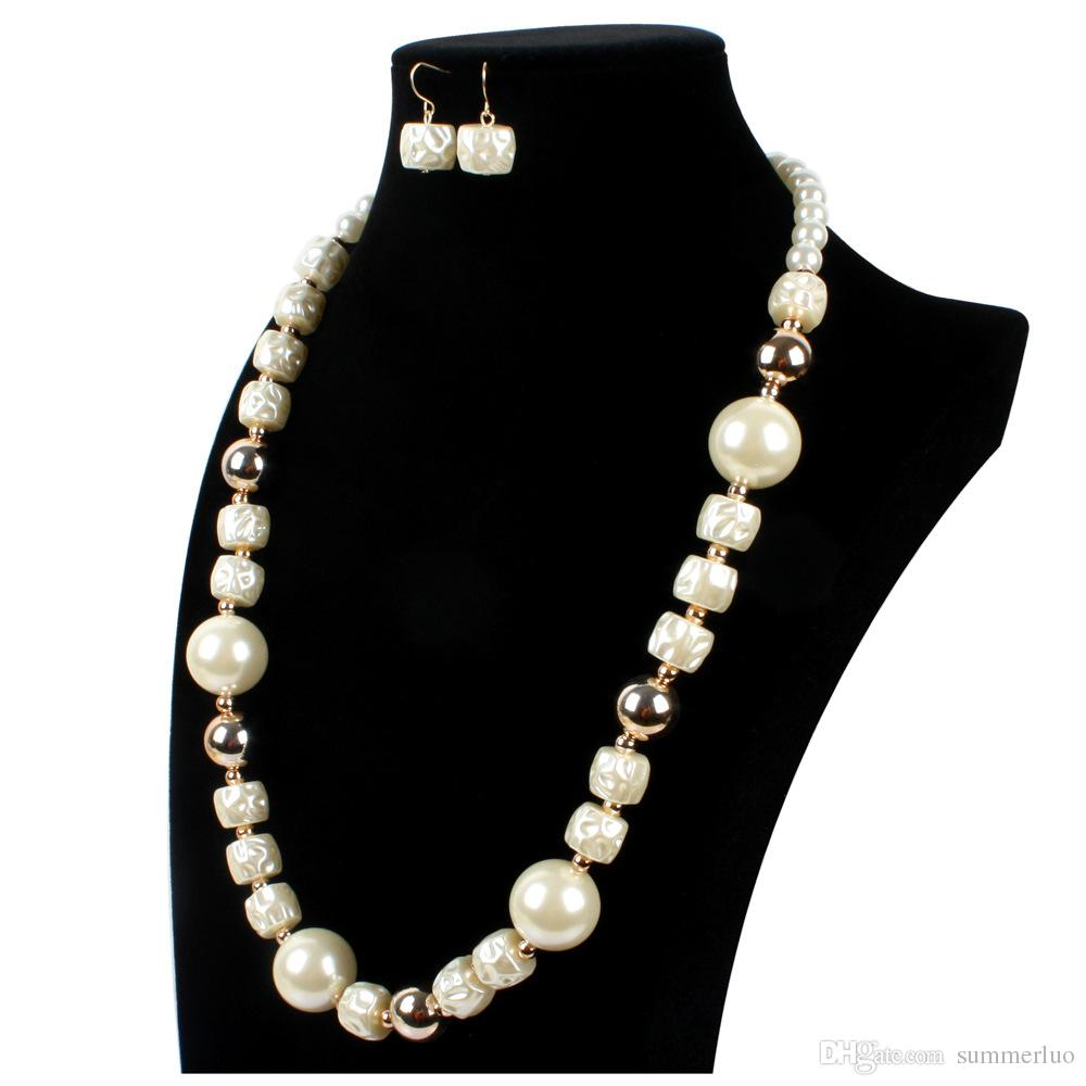 Long Beaded Pearl Necklace Sweater Chain Western Luxury Alloy Golden Silver Color SN0002