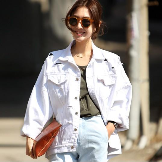Wholesale Women S New Casual Loose White Ripped Denim Jacket Lady S Fashion Hole Ripped Coat Female Outerwear
