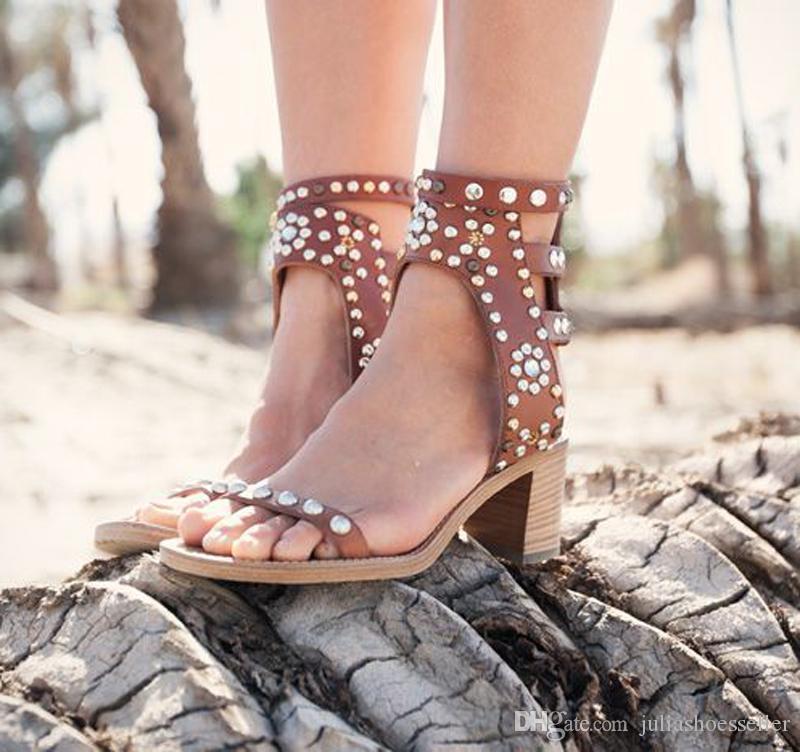 Charlotte Cuir Vintage Chaussures Strap En Elvis Clouté Sandales Nubuck Véritable Bottines Hauts Gladiator Talons Femme Reviets txshCBrQd