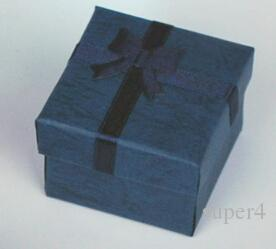 Boîte à bijoux en gros 4 * 4 * 3 cm, multi couleur Fashion Rings Box, boucles d'oreilles / pendentif boîte affichage emballage cadeau boîte /