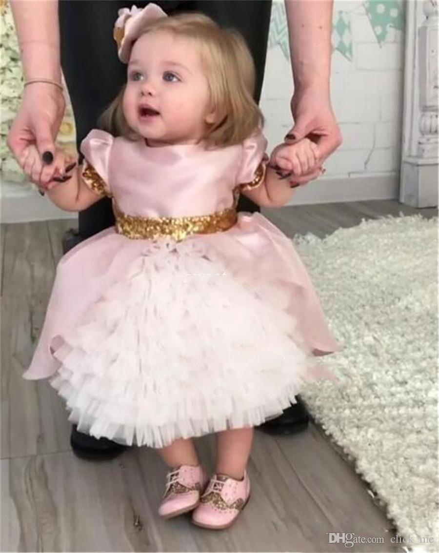 Baby Pink Toddlers Flower Girl Dresses For Weddings With Gold Bow Vintage Short Sleeves First Communion Dress Satin Short Girls Pageant Gown