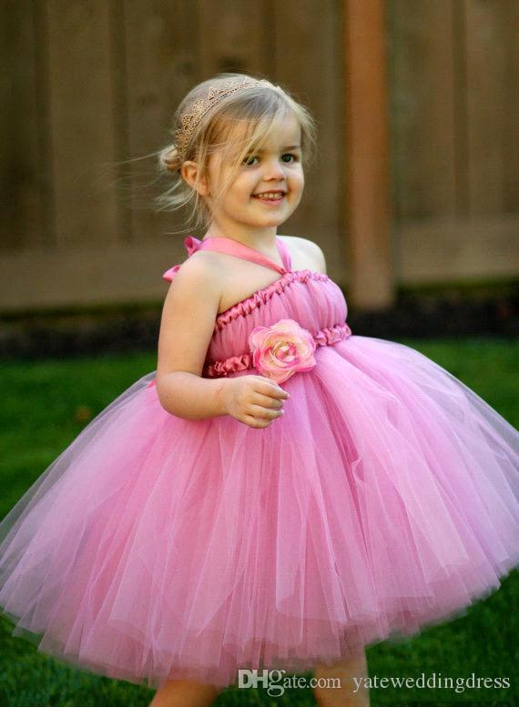 Fuchsia Halter Flower Girls Dresses Tiered Fuffle Cute Cupcake Dresses With Handmade Flower Knee-Length Custom Made New Arrival Party Gowns