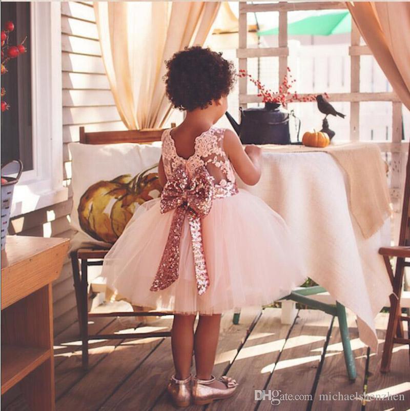 3 chicas de color partido de la princesa cabritos del vestido del paillette camiseta del cordón del bebé del bowknot del arco iris de colores sin mangas del tutú de la falda del vestido B001