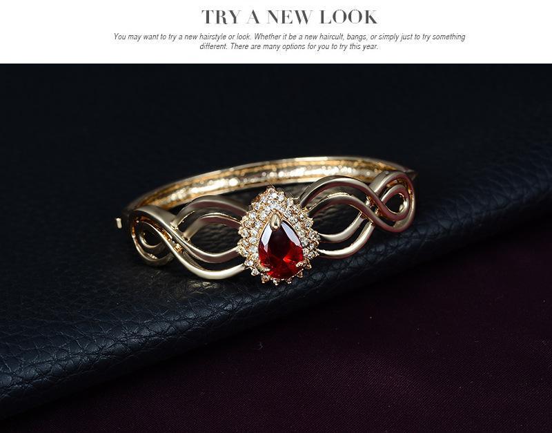 Luxus-Goldbraut-Schmucksache-großer Kristallwasser-Tropfen-Halsketten-Ohrring-Ring-Armband-Armband-gesetzter Frauen-Partei-Schmucksache-Satz