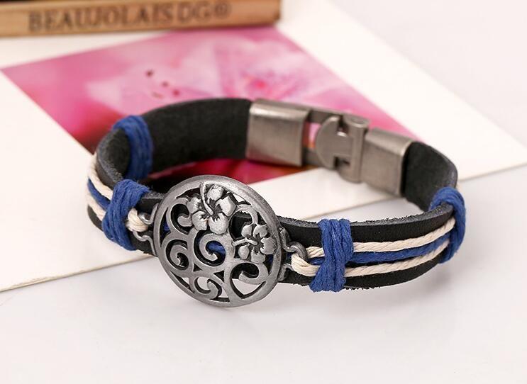 2017 new fashion Man woman Cowhide bracelet Toggle clasps 100% cowhide bracelet Hollow flower leather Couple Bracelet Punk jewelry