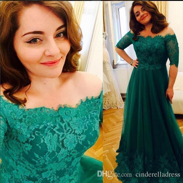 2018 Vintage Emerald Green Plus Size Prom Dresses Off The Shoulder A-line Tulle Appliques Lace Maxi Evening Party Gowns Half Sleeves