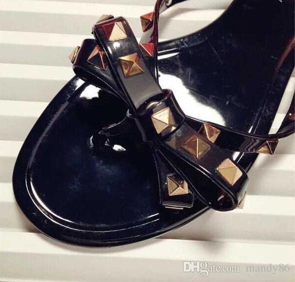2017 femmes tongs femme jelly sandales rivet été chaussures de plage sapatos femininos zapatos mujer chaussure femme sapato feminino sandalias