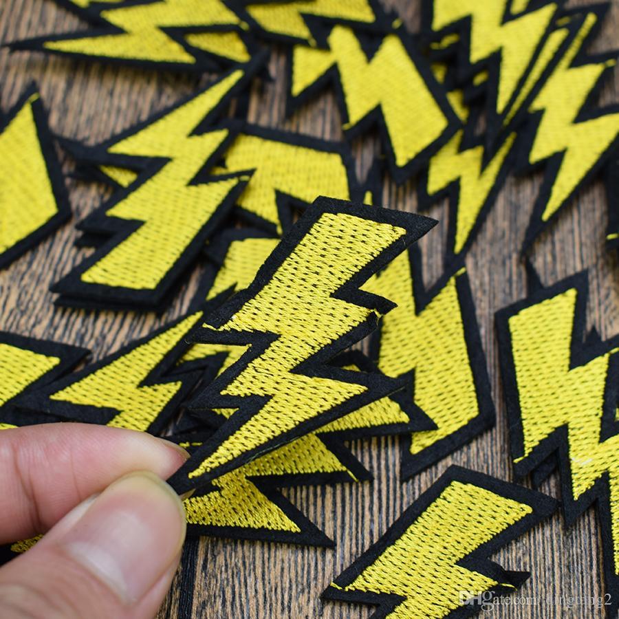 Toppe ricamate in flash da 10 pezzi borse abbigliamento Sartoria su toppa appliqué indumenti Jeans fai da te cucito sul distintivo del ricamo