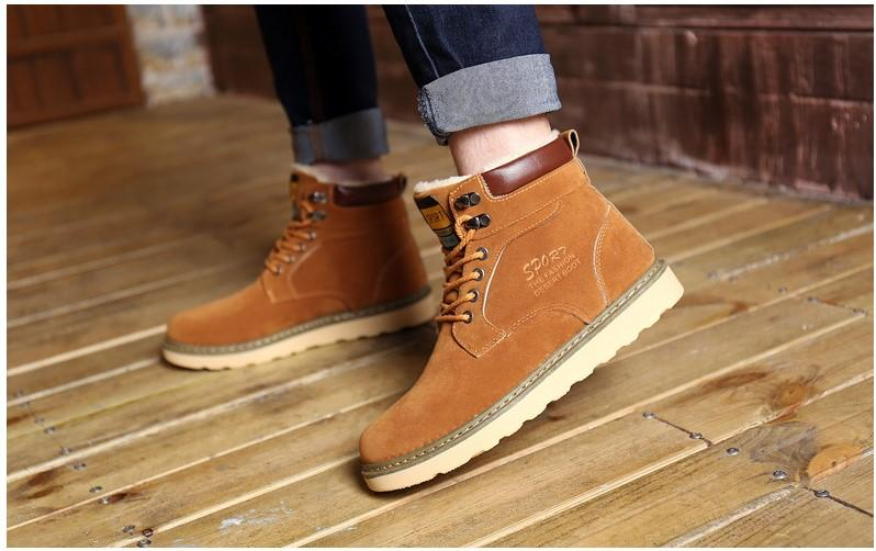 2017 new shoes. Winter shoes. New boots. Men's boots. Casual fashion boots. Martin boots. Warm boots. Cotton-padded shoes. Men's Shoes.