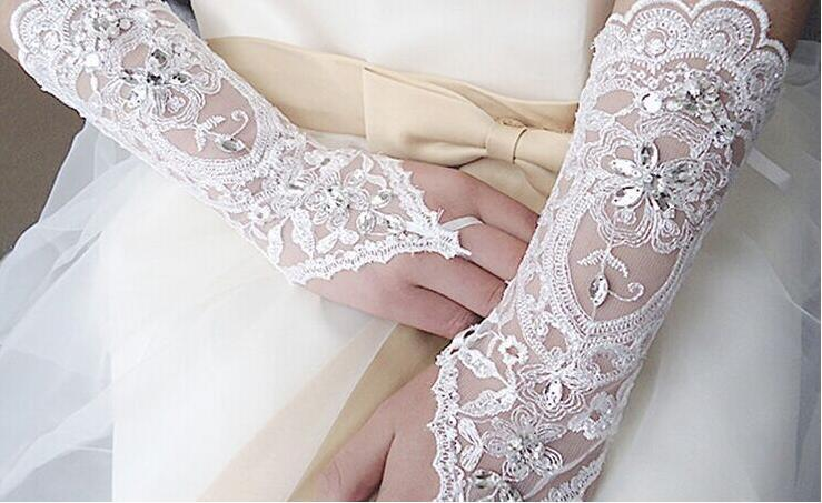 IN stock! White Lace Fingerless Appliques Below Elbow Length Gloves Short Bridal Wedding Gloves