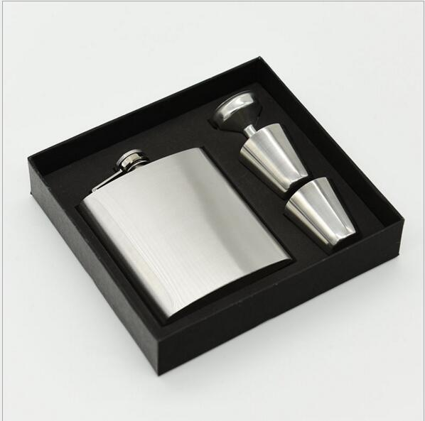 7 oz Stainless Steel Hip Flask Sets jack Flagon With Funnel Cups wine Whisky Hip Flask Portable Flagon bottle Gift Box Packing