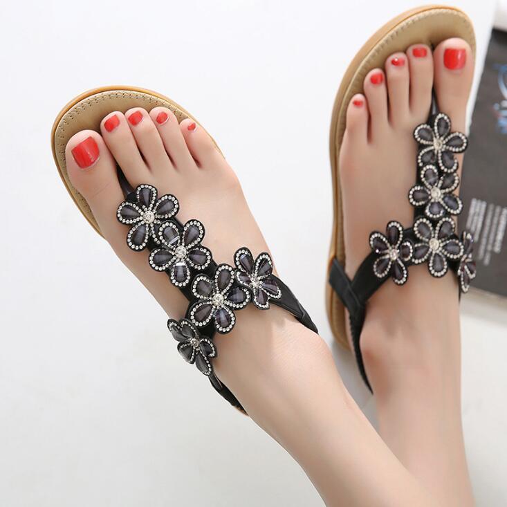 2017 estilo coreano do doce coringa sapatos de alta qualidade flores mulher praia chinelos sandálias de verão antiderrapante chinelos