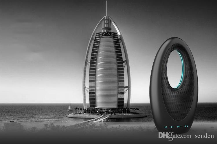 الجملة الفاخرة دبي الإبحار فندق تاتش بلوتوث باس بطاقة الصوت المتكلم مع راديو FM خالية اليدين ميكروفون ملون مضخم صوت قارب مصباح