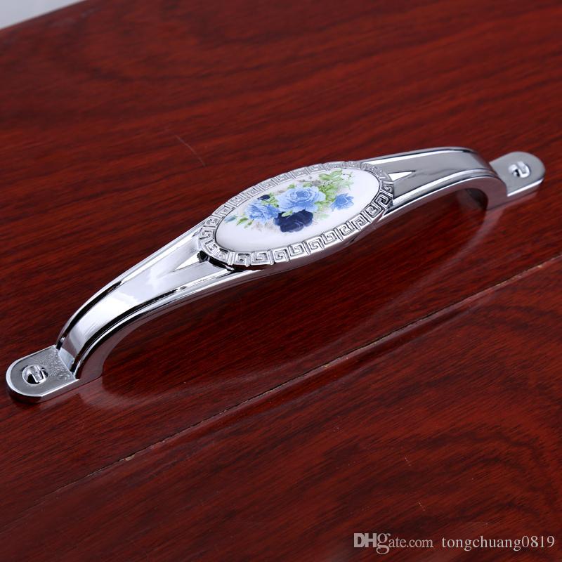 64mm 96mm 128mm moda moderna rural branco e azul porcelana armário de cozinha do armário maçanetas de prata cromo gaveta do armário knob
