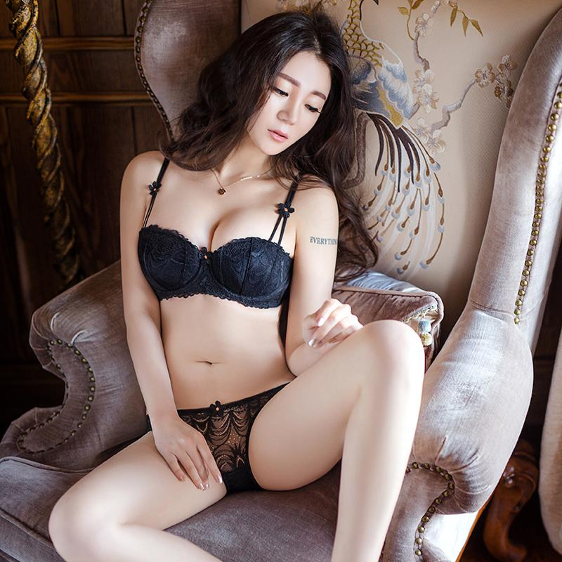 b6a50b3bd57a9 2019 Sexy Women Bra Set Ultra Thin Lace Embroidery Push Up Half Cup Bra And Panty  Set Underwear Black Plus Size Sexy Lingerie Set From Chenhanyang