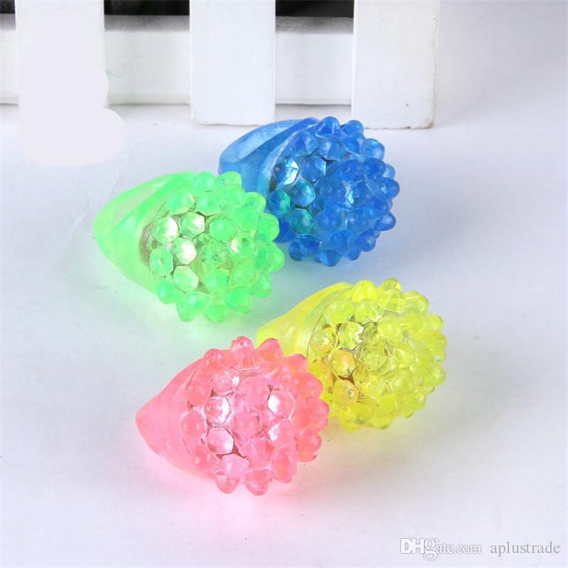 Strawberry Glow Light Ring Torch LED Finger Ring Lights Flash Beams Light Halloween Party LED Toys Wedding