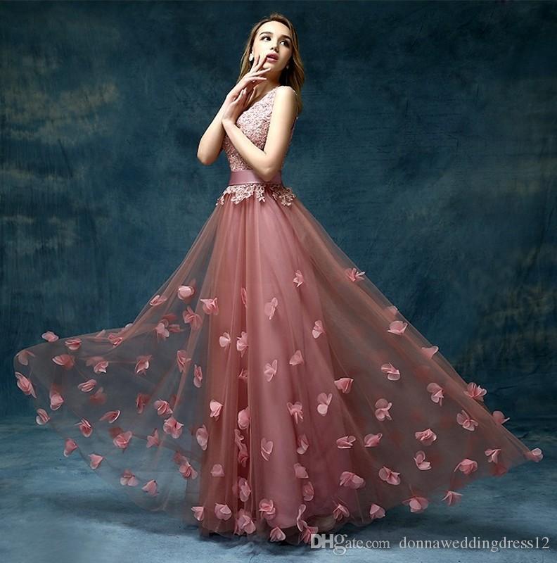 cheap elegant long beautiful v neck formal evening dresses 2017 dubai kaftan a line lace flower floor length mother of the bride prom party