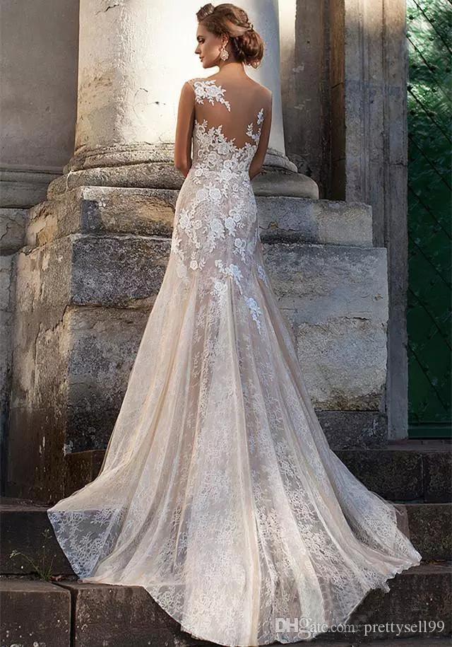 Abiti da sposa di sirena full pizzo vintage a buon mercato con appliques scoop collo collo corti Treno Plus Size Bridal Gowns