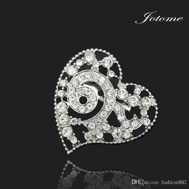 /Factory Direct Sale New Design Clear Crystal Rhinestone Thailand King 9 Heart Shape Souvenir Brooch Pins for Funerals