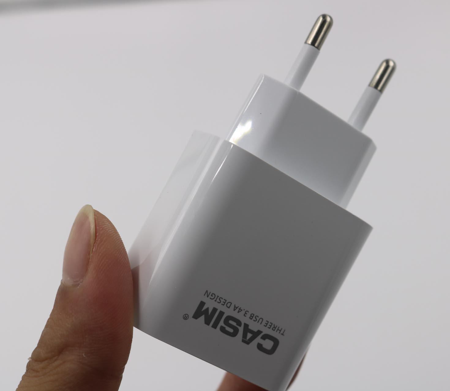 Casim Orijinal yüksek kaliteli 5V 3.4a Hızlı Şarj Seyahat Evrensel ABD, AB Ev Duvar Şarj 3 USB bağlantı noktaları Akıllı Hızlı Masraflar