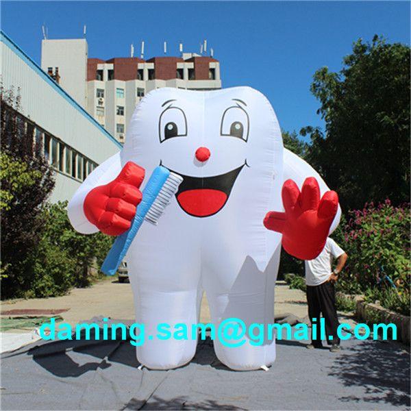 Pallone a forma di dente gonfiabile del panno di Oxford, modello gonfiabile dei denti con lo spazzolino da denti annunciare