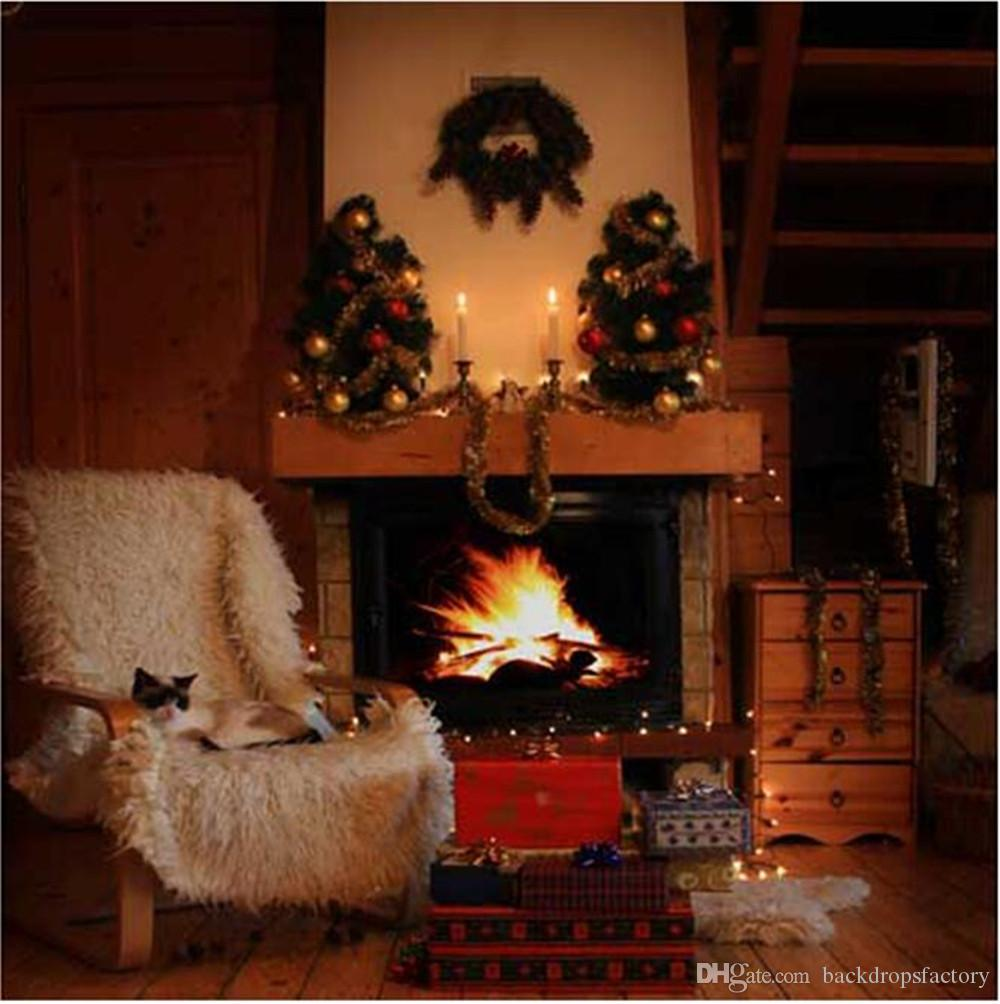 2017 indoor house fireplace garland christmas photography