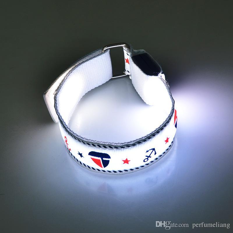 Partei-Dekoration-glühende Armband-Anker-LED beleuchtet Flash-Armband-nächtliches warnendes Band-laufende Gang-glühende Rave ZA3977