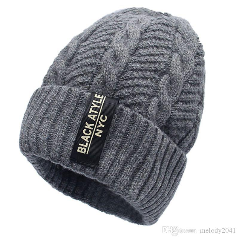 2017 Men Fashion Warm Knit Beanie Hood Male Korean Style Cool Winter Plus  Thickening Inside Warm Hat Outdoor Skull Caps Beanie Hoodies From  Melody2041 27ed216648f