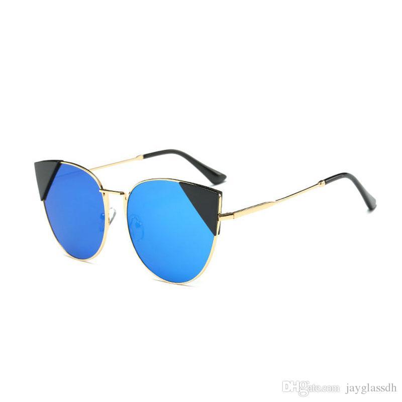 Compre Oversized Cat Eye Sunglasses Mujeres Espejo Redondo Golden Frame  Espejo De Gran Tamaño Sun Woman 2017 Nuevas Gafas Fashion Hd Lens Glasses  S157 A ... 641574604cb0