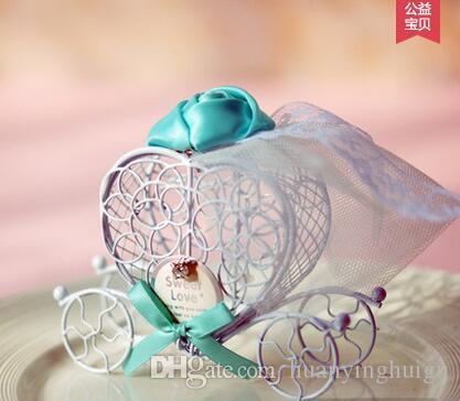 i 2017 moda cuore ferro art carrozza di cerimonia nuziale scatola creativa confezione regalo 20 pz / lotto forniture feste evento THZ186