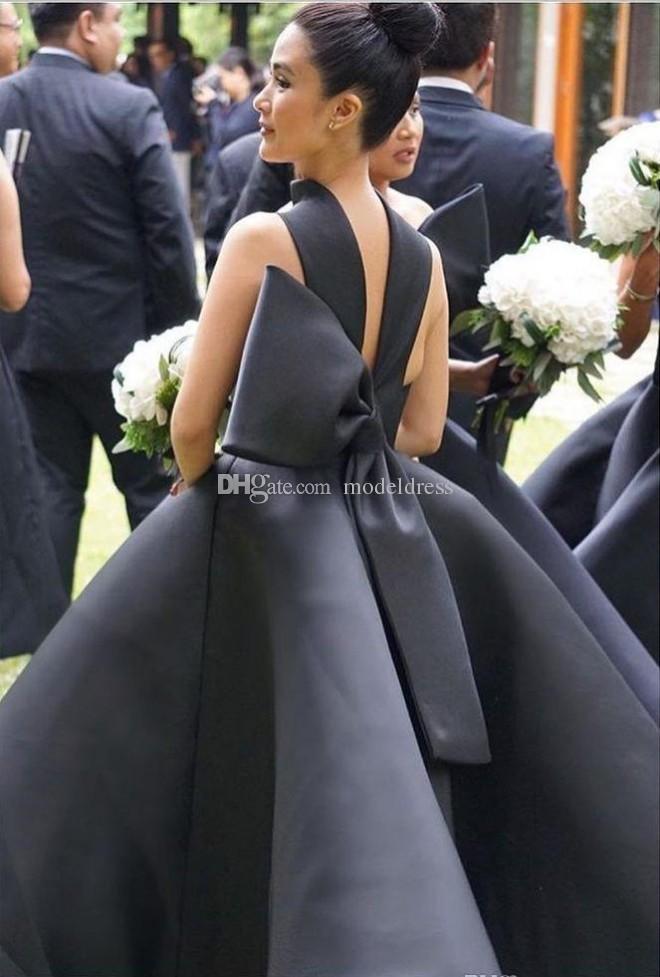 Robes de demoiselle d'honneur noire branchée Halter Bow Tea Longueur Satin Country Garden Beach Wedding Weaving Robe de Maid Honore Robe Plus