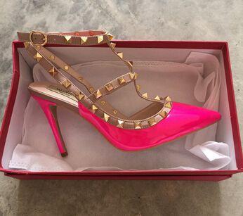 Nouvelles ventes chaudes femme zapatos mujer valentine 2 sangles chaussures femmes Rivets pompes talons hauts dames chaussures livraison gratuite