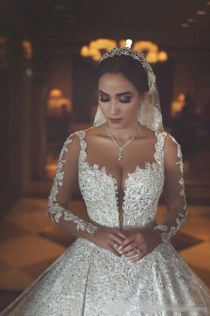 2018 Ретро Sheer Шеи Иллюзия Длинные Рукава Свадебные Платья С Кружевной Аппликацией Бисером Арабский Невесты Свадебные Платья
