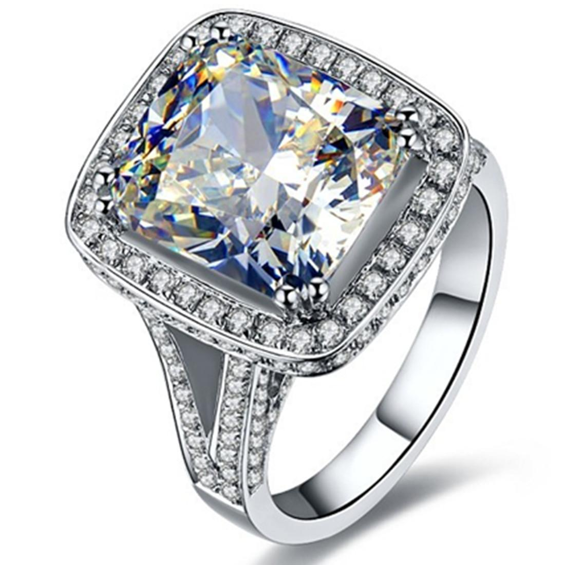 Stunning 8Ct Cushion Cut Synthetic Diamond Engagement Ring for Women Solid 925 Sterling Silver Ring Brilliant Forever Jewelry