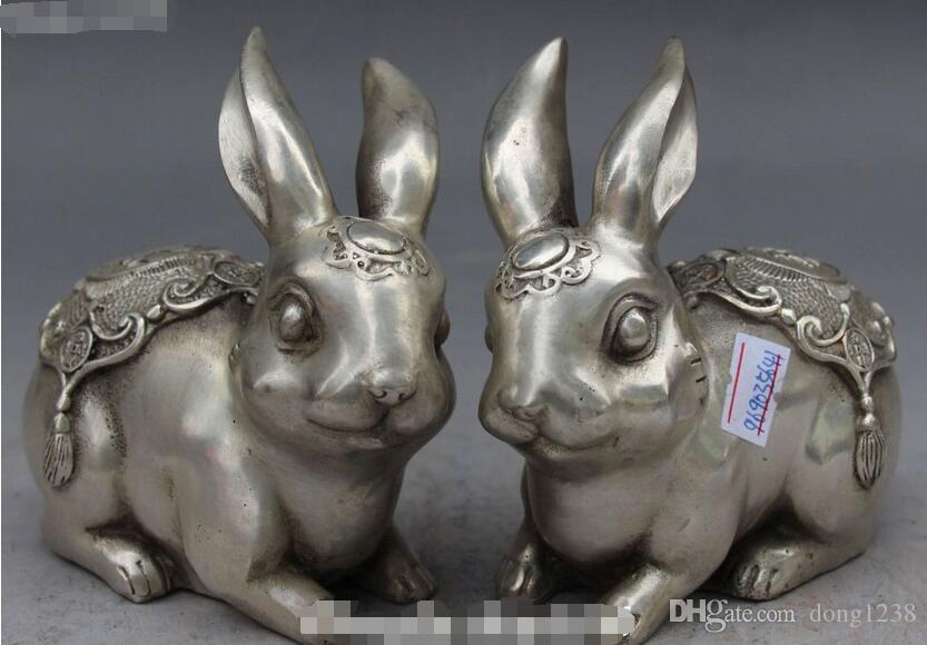 f333bb5634ff Compre Navidad Chino Auspicioso Tallado En Plata Zodíaco Conejo Conejo  Animal Estatua Par De Halloween A  100.06 Del Dong1238