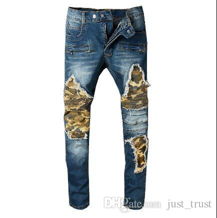 Diseñador Straight Motorcycle Biker Runway Rock Star Demin pantalones de carga Pantalones Famous Camouflage Distressed Ripped patchwork hombres jeans