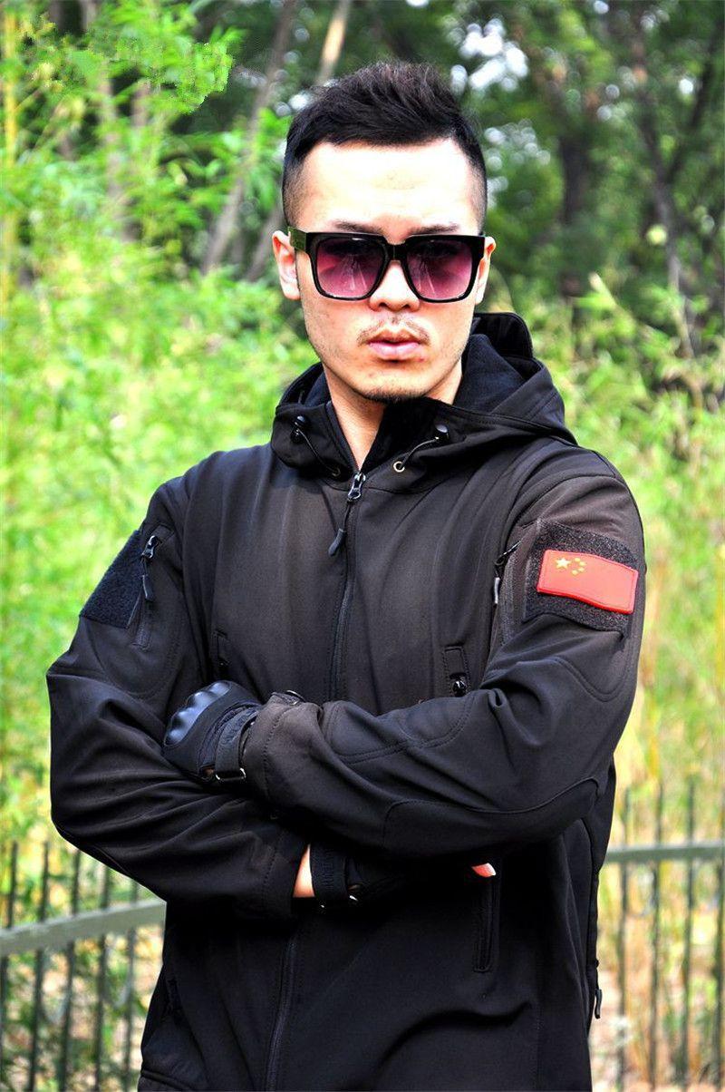 أسلوب خريف وشتاء أوروبا روسيا الصين المد الرجال في الهواء الطلق سترات رياضية الرياضية يحدد أسود أخضر المشي لمسافات طويلة تسلق التخييم ملابس نايلون