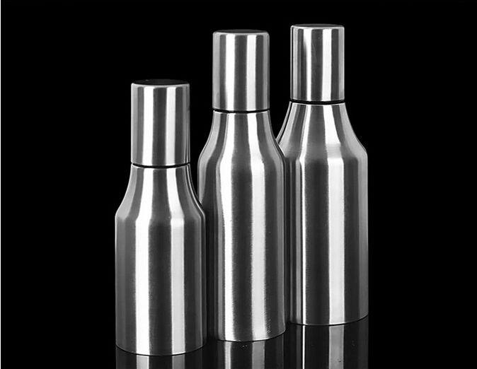 1 PZ 500 ml Distributore di Olio In Cucina Sugo Barca In Acciaio Inox A Prova di Perdite Cucina Forniture Bottiglia di Salsa di Soia Olive 1000 ML J1451
