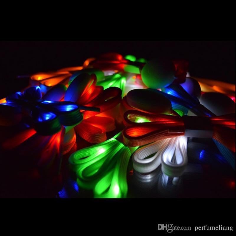 LED-Blitz-Schuh-Spitze-Schuh-Zeichenketten 110 * 0.8cm lumineux Schnürsenkel leuchten Glühen-Bügel-Mehrfarben-Nylon-Party-Skating reizend lacet JF-656