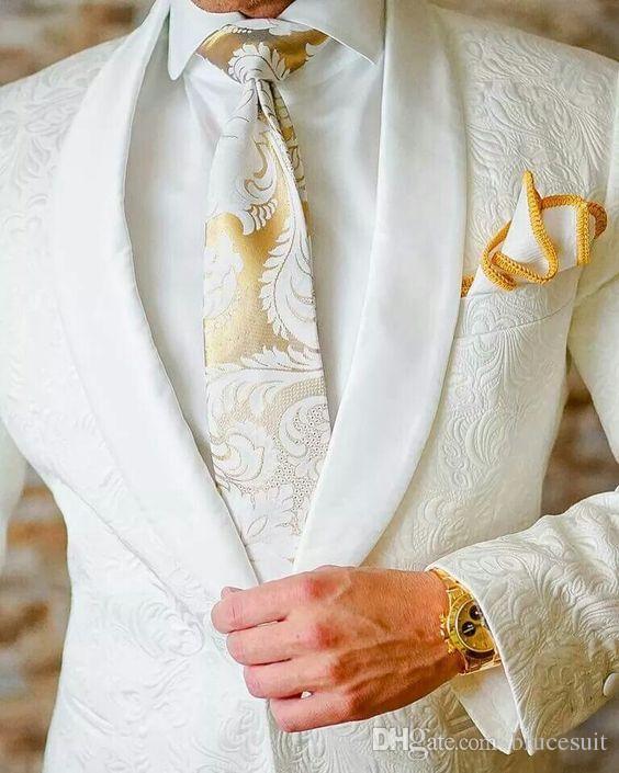Trajes de boda 2019 Blanco vintage Paisley estilo esmoquin británica Esmoquin mantón de la solapa para hombre de juego por encargo Slim Fit Blazer para los hombres Suit +
