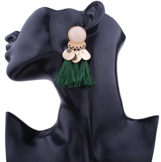 Nuovo orecchino di nappa in resina lega iperbolica europea ed americana orecchini di nappa multicolori popolari di moda stile Boemia