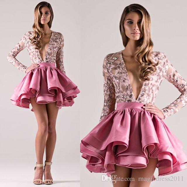 세련된 마이클 코스텔로 쇼트 댄스 파티 드레스 - 라인 스팽글을 입은 깊은 V 넥 라인 이브닝 드레스 긴 소매 웨딩 드레스와 저렴한