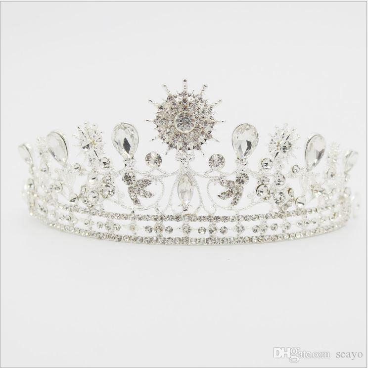 The new bride crown diamond alloy Baroque round crown, stage party wedding accessories, color white and blue, very beautiful