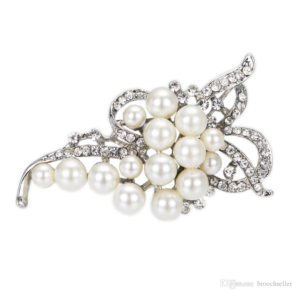 Versilbert Cream Pearl und Strass Kristall Diamante Bow Form Brosche