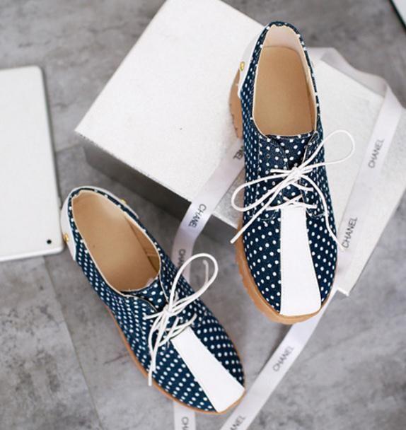 Denim ist niedrig mit großen Yards einzigen Schuhstoffschuhe für Damenschuhe