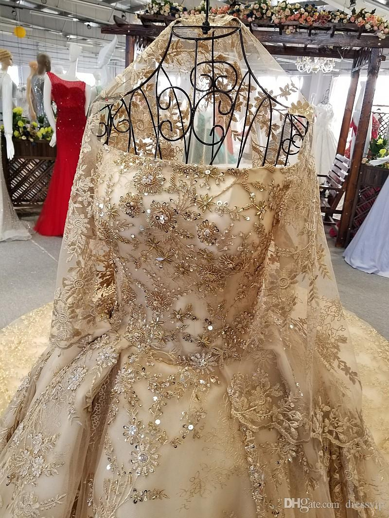 Elie Saab Luxury Lace Ball Gown Wedding Dresses Off The Shoulder Short Sleeve Vintage Wedding Gown Cathedral Train Applique Sequins Beads